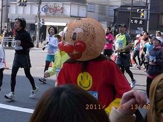 tokyo-marathon-costumes-2.jpg